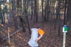 boy throwing a disc