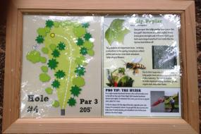 Hole diagram and nature info at tee 3