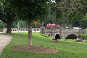 Stone bridge road