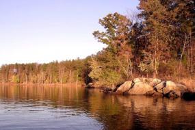Rocks on the banks of the lake