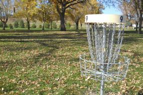 Hole 9 disc golf basket