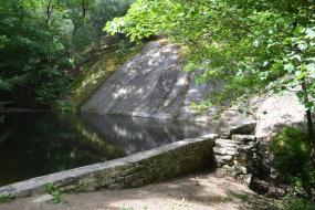 Rock wall containing lake