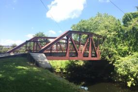 Metal foot bridge