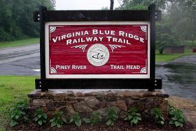 Piney River Trailhead Sign
